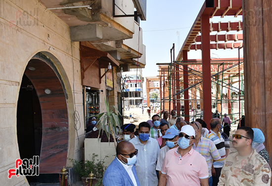 رفع-كفاءة-وتطوير-منطقة-السوق-السياحى-القديم-بأسوان-وميدان-المحطة-وحديقة-درة-النيل-(1)