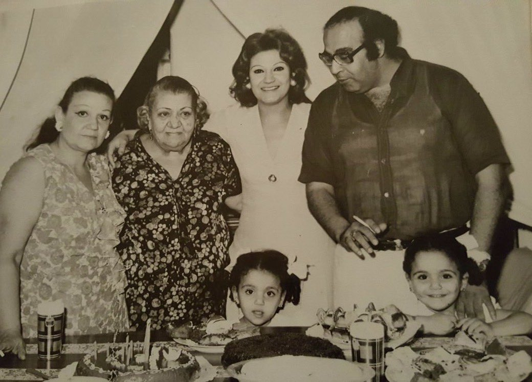 أسرة الفنان حسن مصطفى