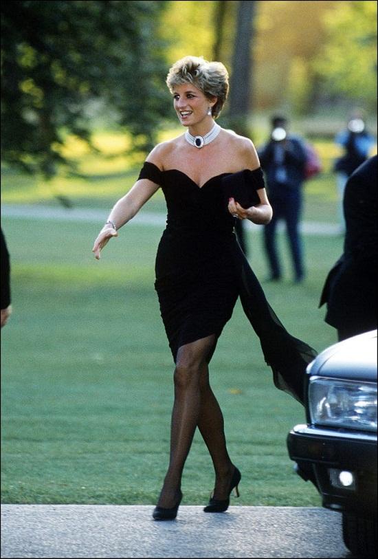 الأميرة ديانا بفستان الإنتقام