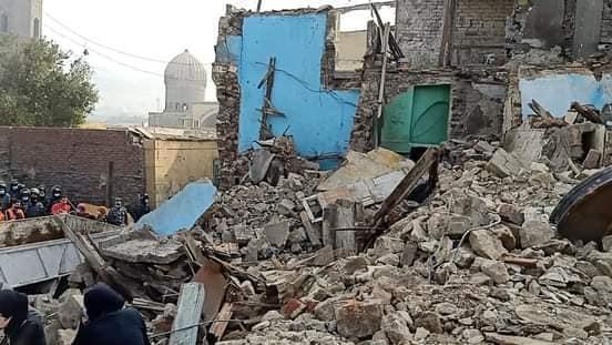 إزالة عقارات بميدان السيدة عائشة (1)