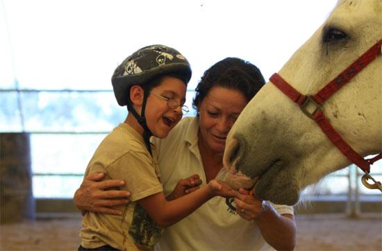 رياضة الخيل للمعاقين (1)