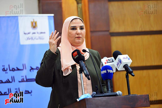 نيفين القباج وزيرة التضامن الاجتماعى (16)