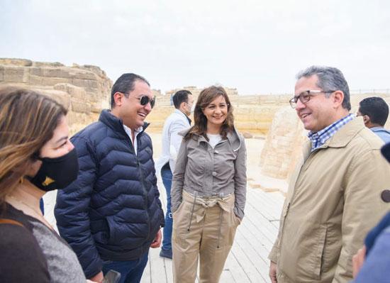 مينا مسعود يزور الأهرامات رفقة وزيرى السياحة والهجرة (3)