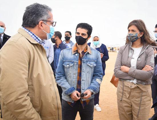 مينا مسعود يزور الأهرامات رفقة وزيرى السياحة والهجرة (5)