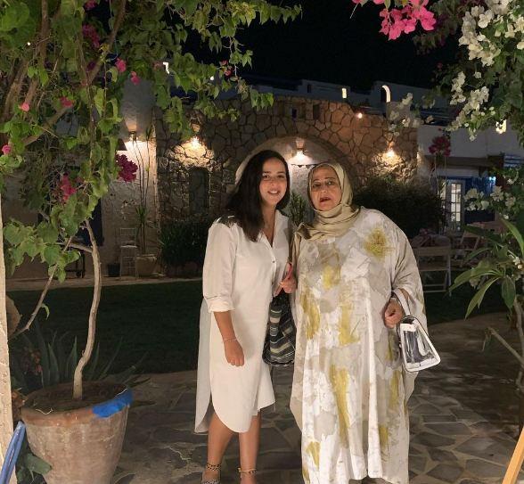 ايمي سمير غانم ووالدة حسن الرداد