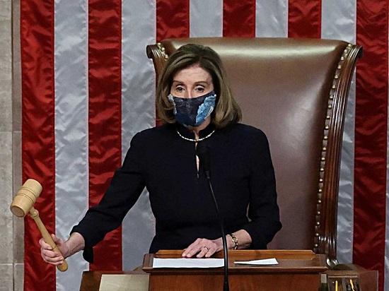 نانسي بيلوسي تترأس التصويت لعزل الرئيس دونالد ترامب للمرة الثانية