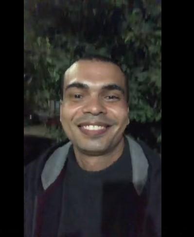 شبيه عمرو دياب  (2)