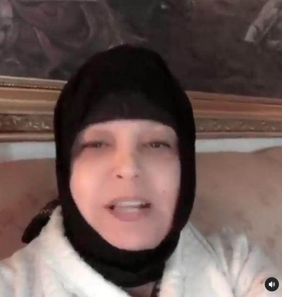 فيفي عبده في مقطع فيديو