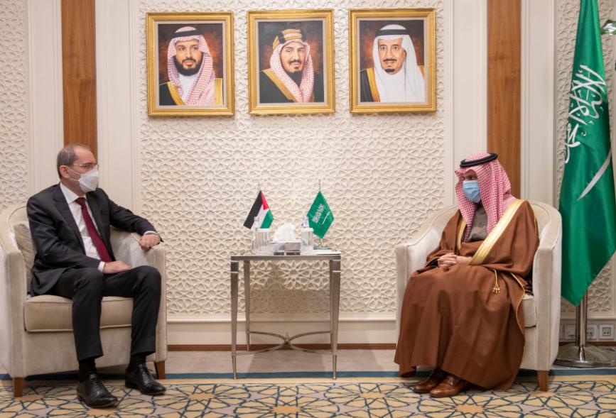 وزير الخارجية الأردني ونظيره السعودي