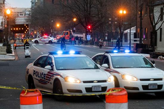 الشرطة الأمريكية حاضرة في الشارع للتأمين