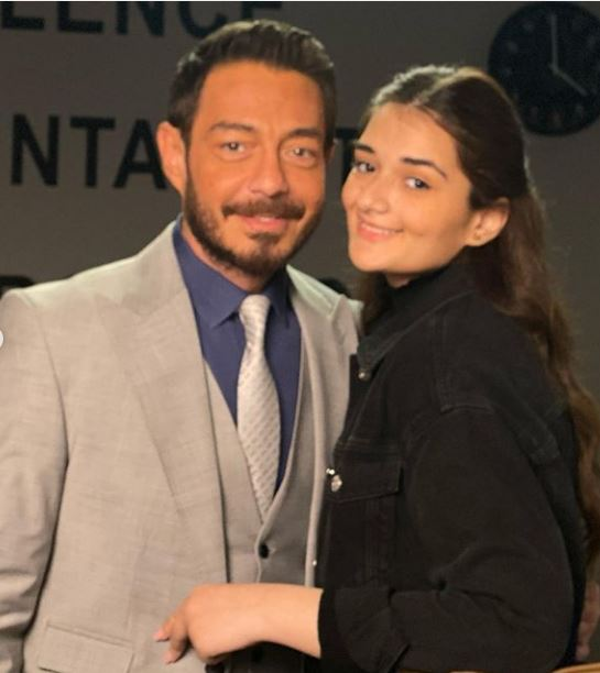 الفنان أحمد زاهر برفقة ابنته