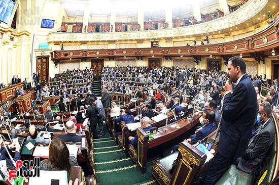 جلسه مجلس النواب - وزير التنميه المحليه (25)