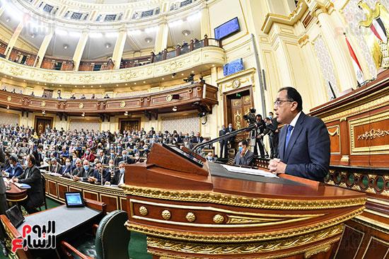الحكومة امام البرلمان (6)