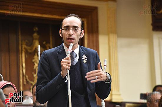 جلسه مجلس النواب - وزير التنميه المحليه (18)