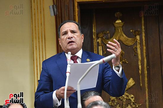 جلسه مجلس النواب - وزير التنميه المحليه (8)