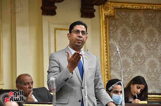جلسه مجلس النواب - وزير التنميه المحليه (42)
