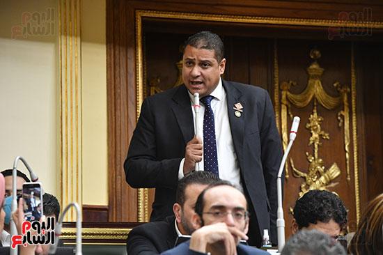 جلسه مجلس النواب - وزير التنميه المحليه (32)