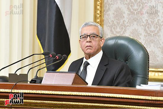 جلسه مجلس النواب - وزير التنميه المحليه (7)