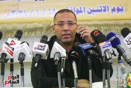 الكاتب خالد صلاح خلال كلمته بفاعلية استراتيجية بناء الوعى