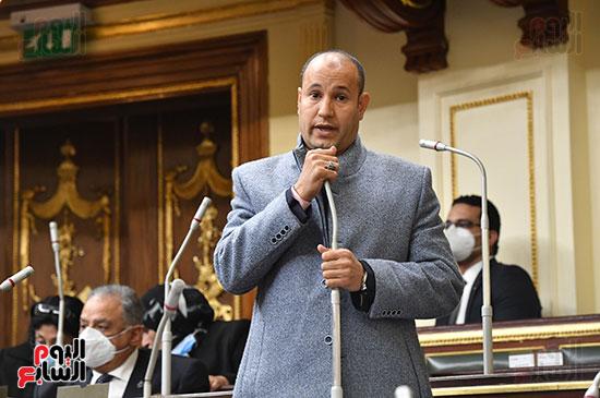 جلسه مجلس النواب - وزير التنميه المحليه (44)
