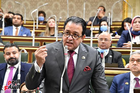 جلسه مجلس النواب - وزير التنميه المحليه (2)