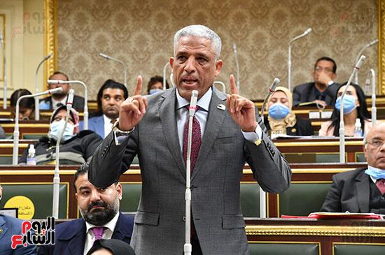 جلسه مجلس النواب - وزير التنميه المحليه (4)