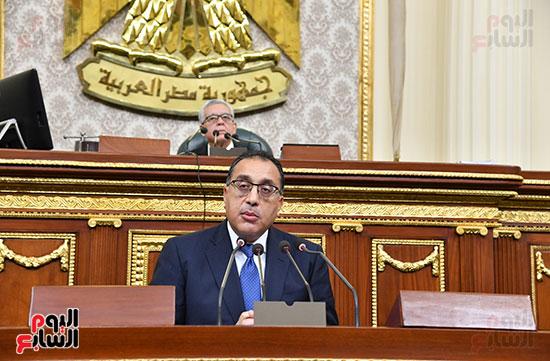 الحكومة امام البرلمان (16)