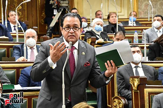 جلسه مجلس النواب - وزير التنميه المحليه (1)