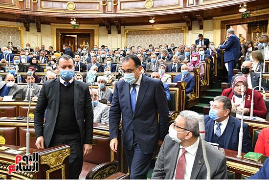 الحكومة امام البرلمان (34)