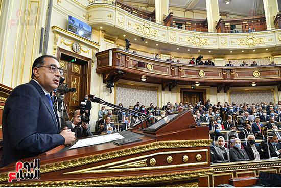 الحكومة امام البرلمان (13)