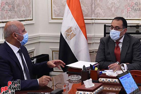 اجتماع مصطفى مدبولى وكامل الوزير (3)