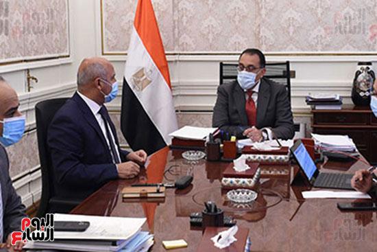 اجتماع مصطفى مدبولى وكامل الوزير (2)
