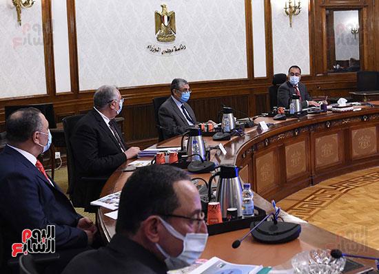 اجتماع مشروعات شركة  تنمية الريف المصري الجديد (1)
