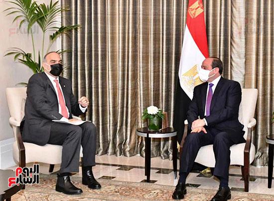 الرئيس السيسى يبحث مع رئيس وزراء الأردن تعزيز الجوانب الاقتصادية بين البلدين (1)
