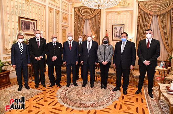 استقبال الدكتور حنفى جبالى رئيس مجلس النواب المستشار عبد الوهاب عبد الرازق رئيس مجلس الشيوخ (1)