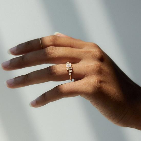خاتم خطوبة من Wwake Diamond Mason (4195 دولارًا)