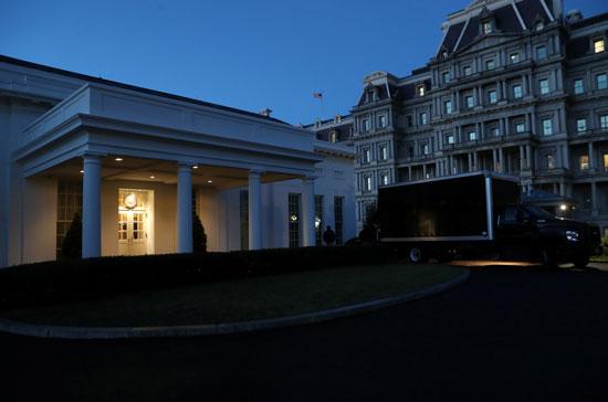 البيت الأبيض يودع رئيسا ويستعد لاستقبال رئيس جديد