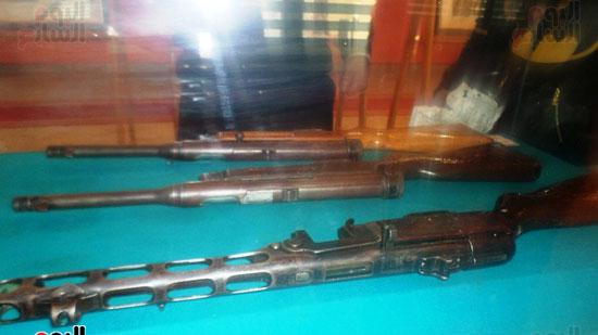 أسلحة رجال الشرطة في معركة الإسماعيلية