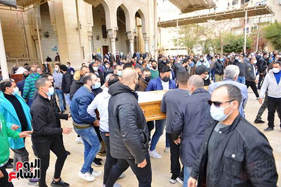 جثمان زوج شقيقة محمد فؤاد