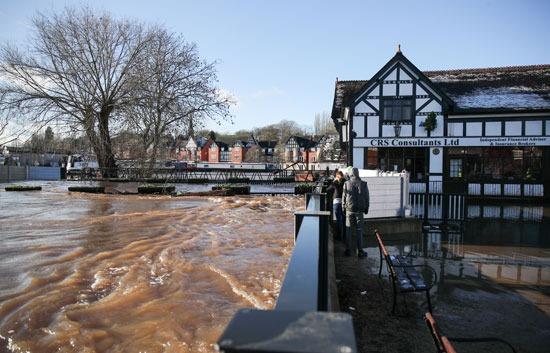 أثار الفيضانات
