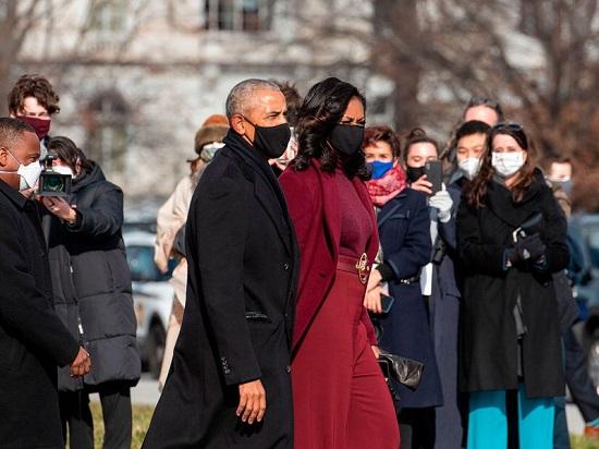 ميشيل أوباما ارتدت البنفسجي في تنصيب بايدن