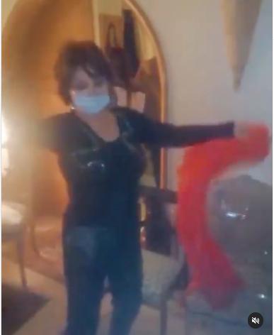 رقص نبيلة عبيد