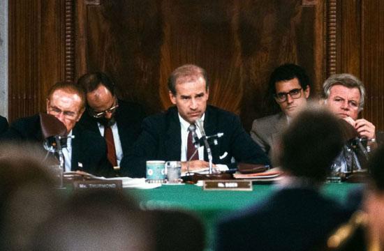 بايدن يمارس مهامة في الاستجواب داخل مجلس الشيوخ