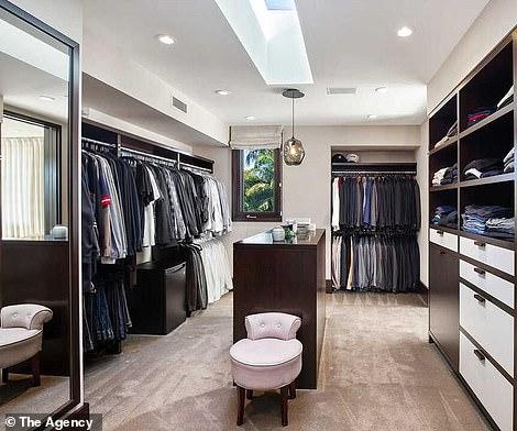 الـ dressing room