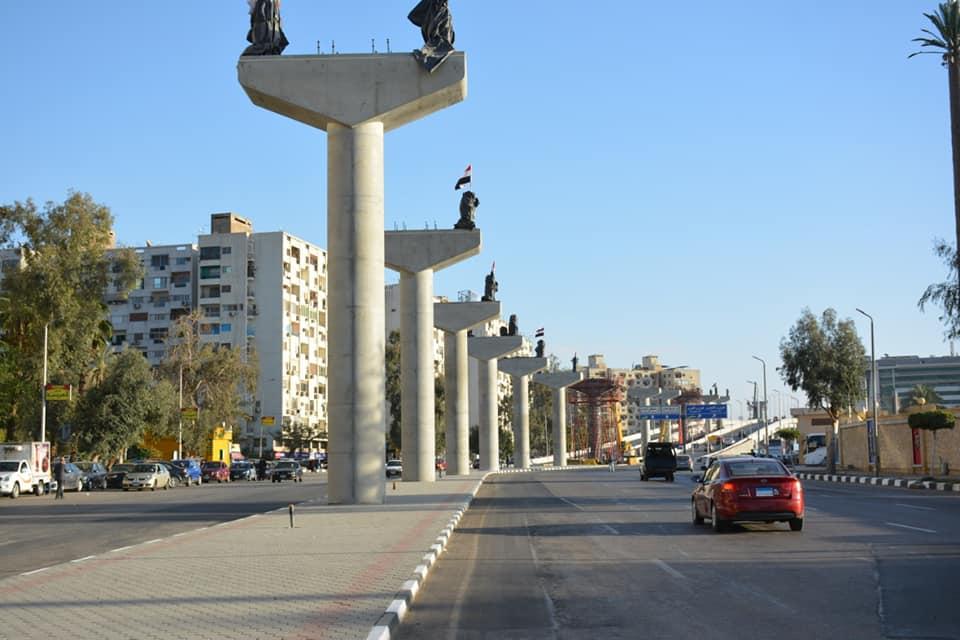 اعمدة المونوريل بشارع يوسف عباس