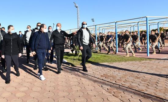 الرئيس السيسى فى زيارة تفقدية لأكاديمية الشرطة (7)