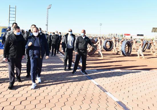 الرئيس السيسى فى زيارة تفقدية لأكاديمية الشرطة (13)
