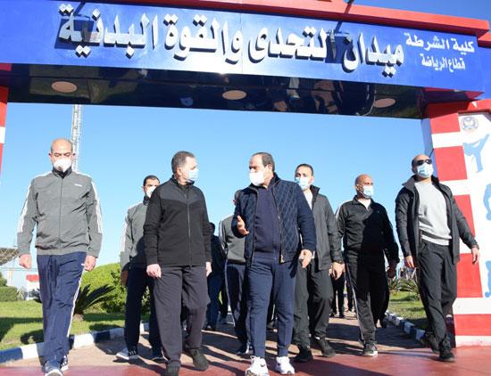 الرئيس السيسى فى زيارة تفقدية لأكاديمية الشرطة (12)
