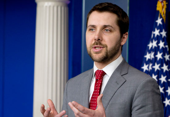 بريان ديس - مدير المجلس الاقتصادي الوطني