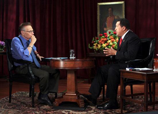 هوغو شافيز في حوار مع كينج